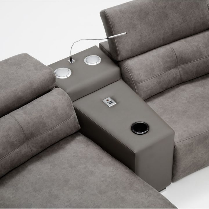 sofá con altavoces galo